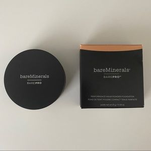 bareMinerals Toffee BAREPRO powder foundation